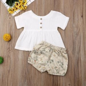 Other - Baby Girls Top & Floral Shorts Set